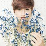 ブルーのかすみ草と撮影